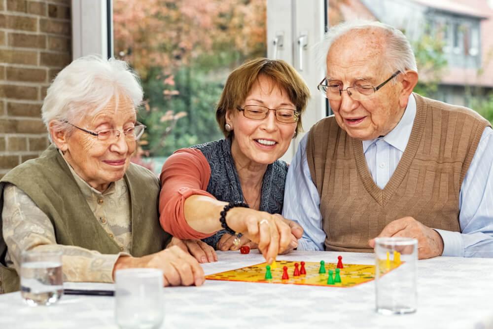 elder Indoor games With Family